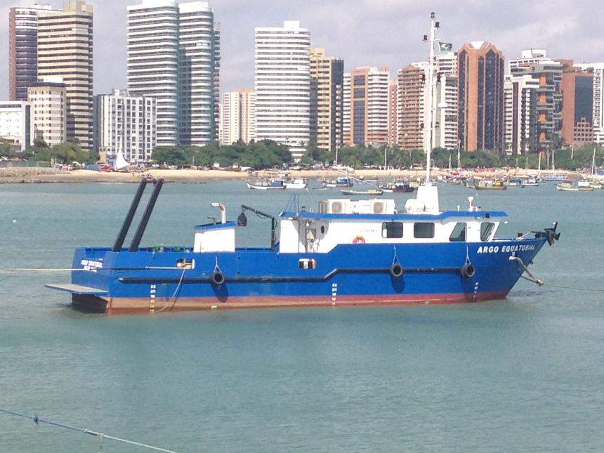 Barco Argo Equatorial